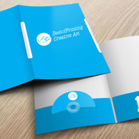 Presentation Folder with Business Card and CD Slit NYC